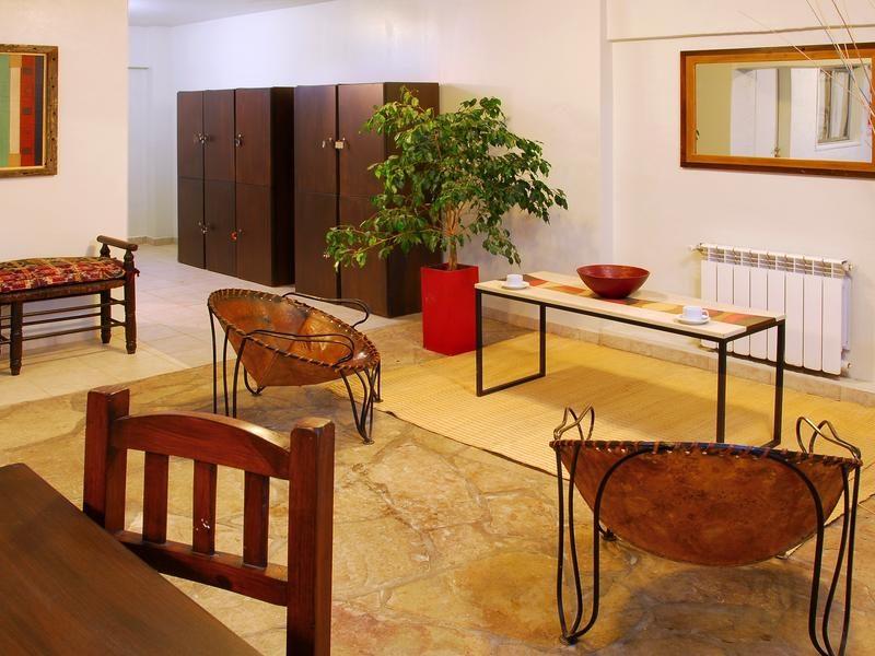 Hostel Los Troncos Bariloche Argentina 10